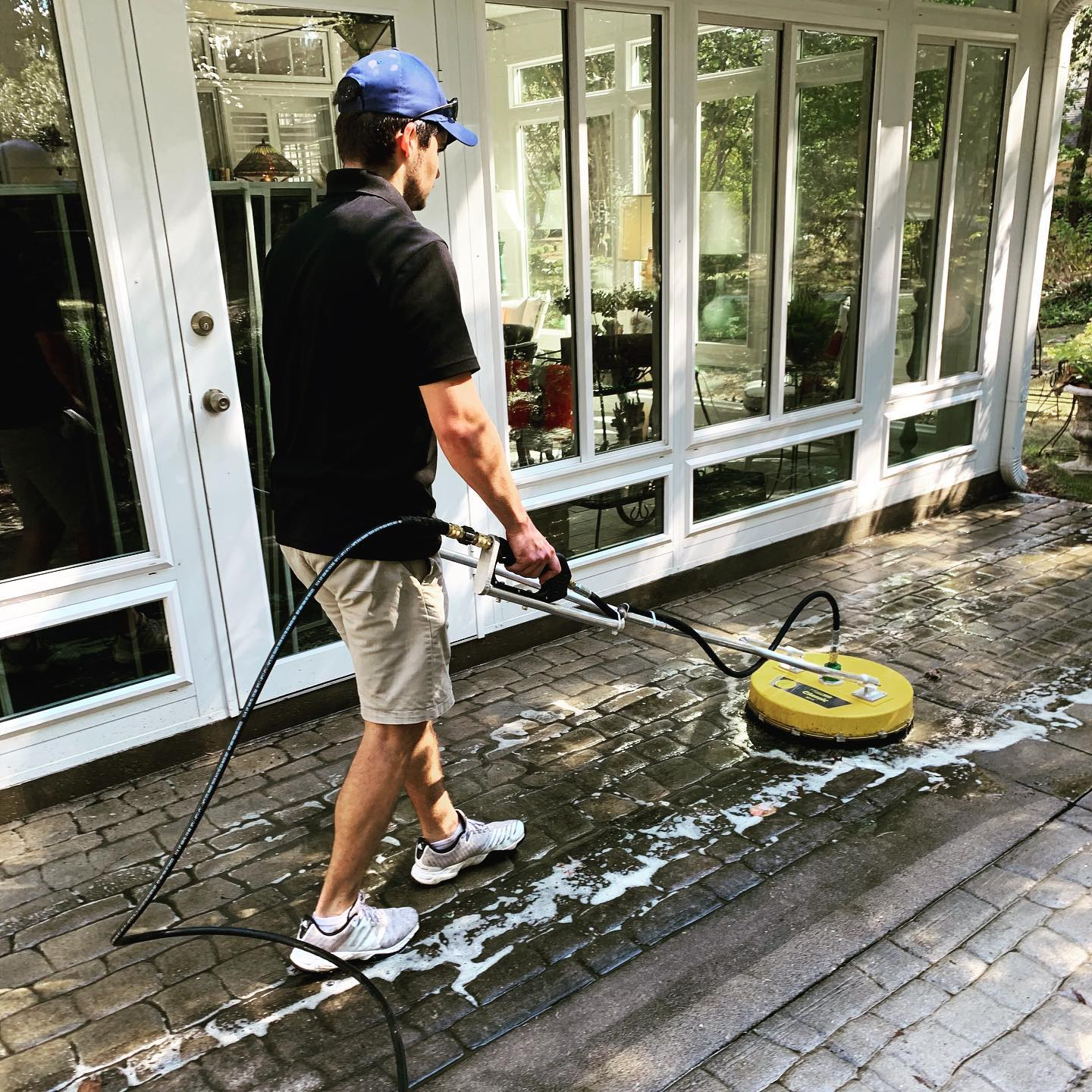 concrete driveway pressure cleaning washing company